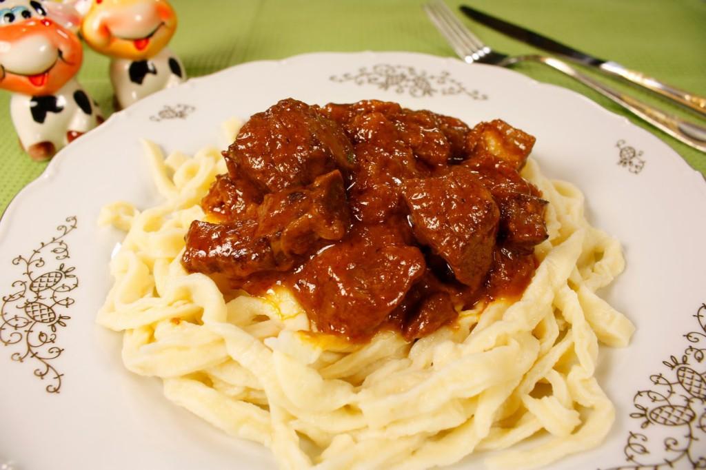 Подливка из говядины рецепт с фото пошагово