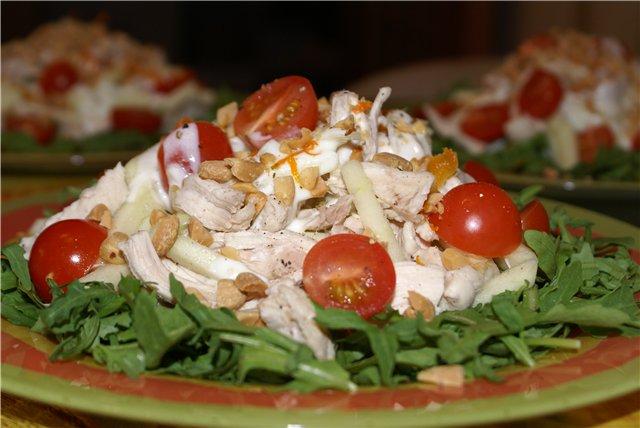 Мясной салат с ветчиной